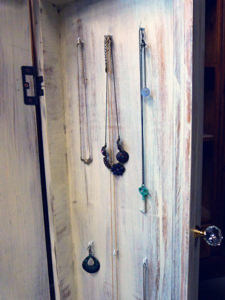 bellamont jewellery cabinet (5)
