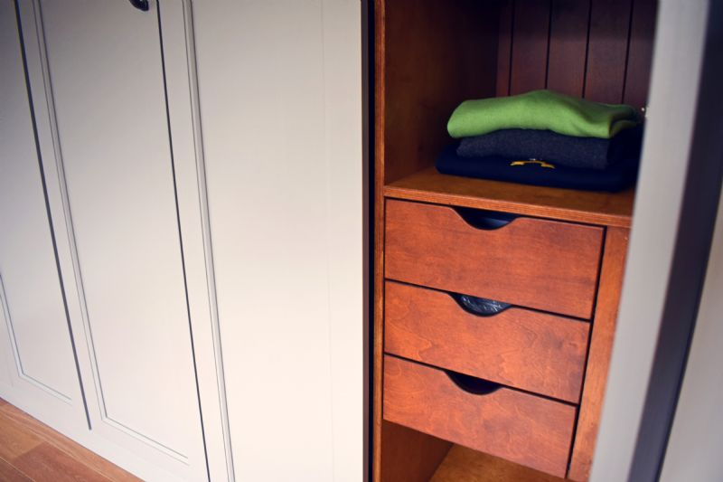 john  jacqueline fitted wardrobe (5)